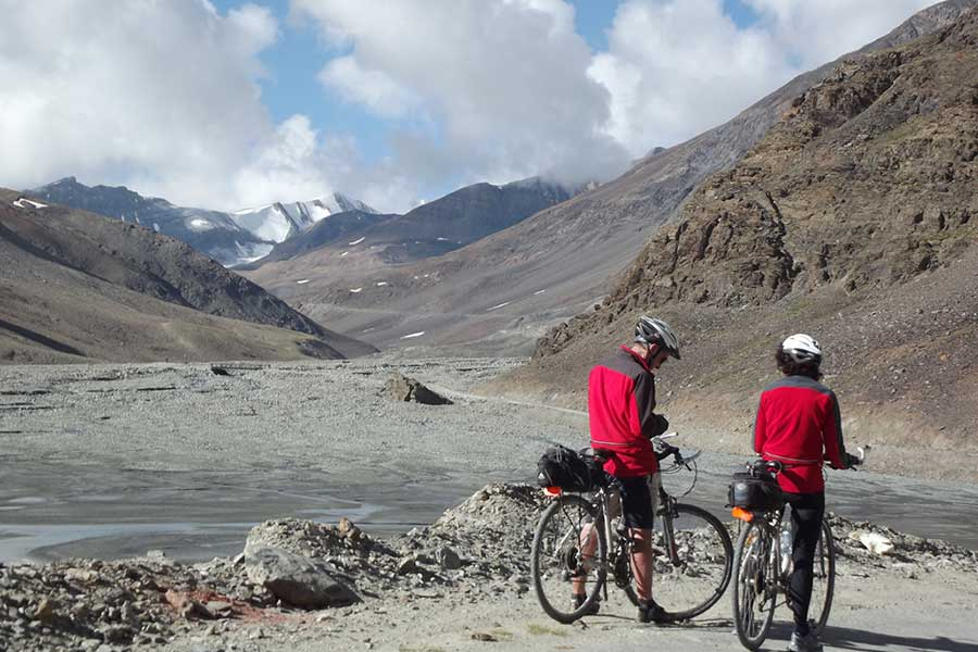 Mountain biking (Cycling) ,Manali to Leh